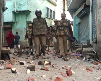 Anti-CAA protest turns violent in Aligarh, Internet blocked