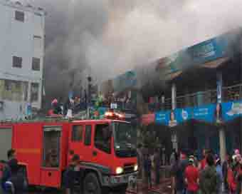 500 shops gutted in Dhaka fire, navy deployed