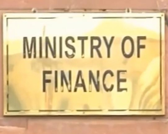 Government spent Rs 1,157 cr in 2017-18 without approval: CAG
