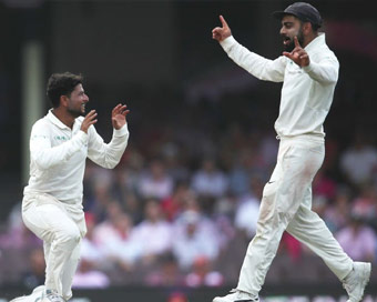 4th Test: Indian bowlers dominate 3rd day, Australia 236/6