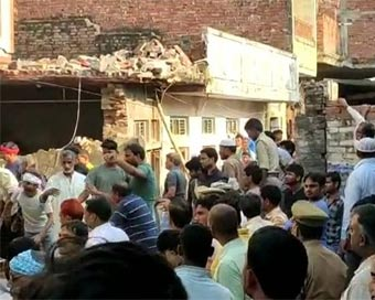 11 killed in UP gas cylinder blast