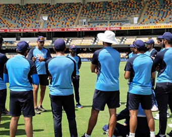 4th Test: India monitoring injuries, to name XI on Friday