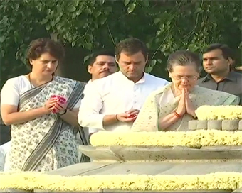 Tributes to Rajiv Gandhi on 28th death anniversary