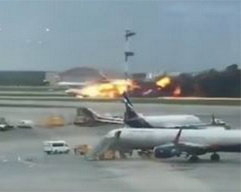 41 killed in Russian passenger plane fire