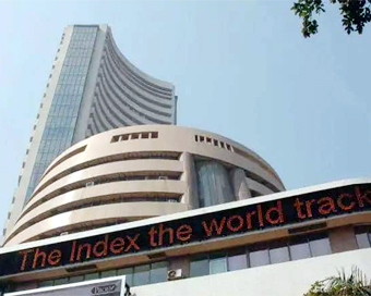 Sensex up 980 pts, VIX drops by 17
