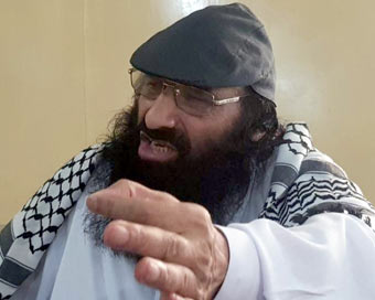 Hizbul head calls for Pak military intervention in Kashmir