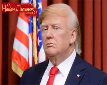 Madame Tussauds unveils updated Trump wax figures