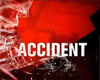 One killed, 30 injured as bus overturns in MP