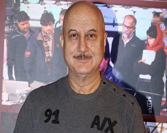 FTII students draw Anupam Kher