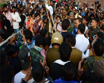 Anti-CAA protest site cleared in Aligarh