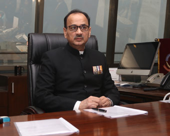Alok Verma removed as CBI chief, opposition attacks government