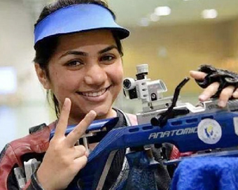 Apurvi wins gold at shooting World Cup