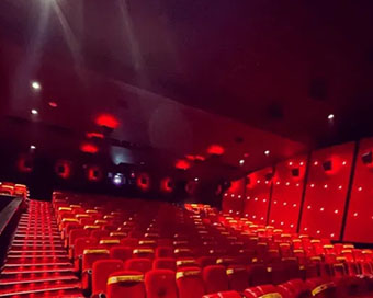 50% seating in Karnataka cinema halls from April 7 to curb Covid