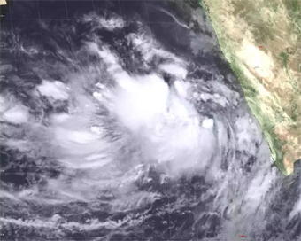 Nearly 3 lakh shifted as Cyclone Vayu to be more intense