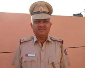 Delhi police ASI dies as under construction floor of house collapses