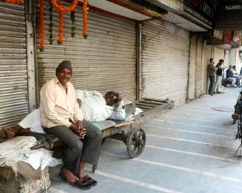 Delhi markets reopen after 2-day strike against sealing