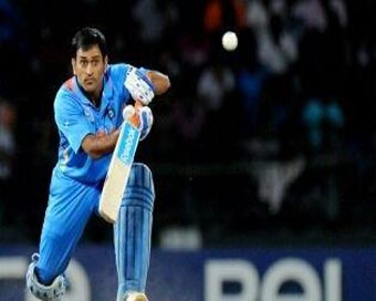 Changed my batting order for team, will do so again: Dhoni