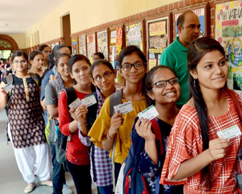 DUSU polls: Less than half morning college students turn up to vote