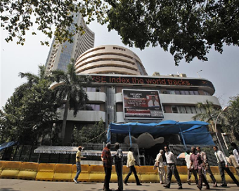 Indian equities rise on positive global cues