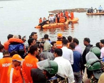 12 killed as tourist boat capsizes in Godavari