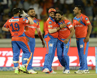 IPL-10: All-round Gujarat thrash Pune by 7 wickets