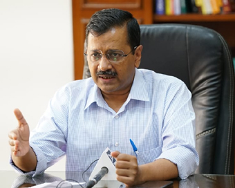 Delhi distributes food at over 800 locations to 4 lakh people: Kejriwal