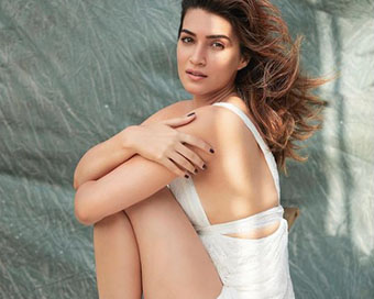 Kriti Sanon channels her inner poet for new post