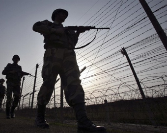 14,000 bunkers to be constructed along J&K border