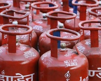 IGL hikes CNG, PNG prices; small rise in subsidised LPG