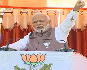 Modi mocks Congress