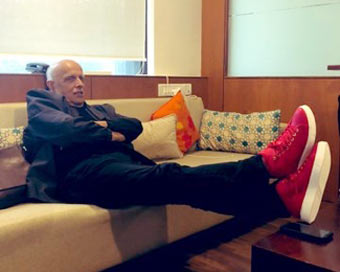 Daughter Pooja rubbishes Mahesh Bhatt