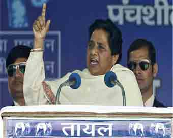 Anger against SP, BSP will restore rule of law: Mayawati