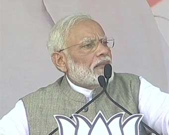 Congress kept Article 370, Ram Mandir pending: Modi