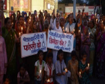 Five police officers suspended for Bhopal gang-rape