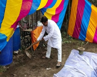 Muslim man digs reservoir in his home for Chhat festival