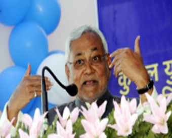 Nitish attacks on Sharad Yadav in