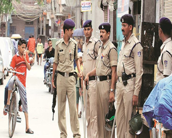 15 MP Police officials suspended over Holi revelry