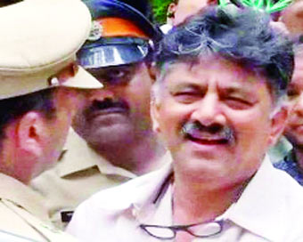 Shivakumar held: Bus service halted in 2 Karnataka towns