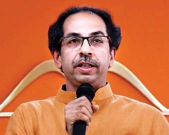 Shiv Sena bashes BJP...with AAP