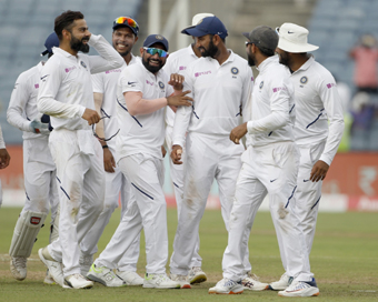 India beat South Africa by an innings and 137 runs in the second Test