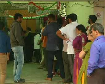 Over 10% polling in Telangana by 10 a.m.