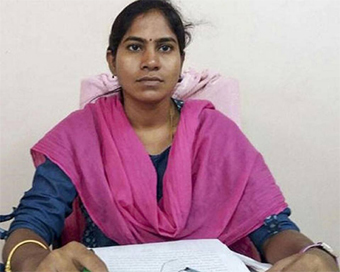 Woman tahsildar burnt alive in office near Hyderabad