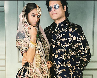 In pics: Poonam Pandey ties the knot with boyfriend Sam Bombay