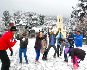 Mercury remains below freezing in Himachal