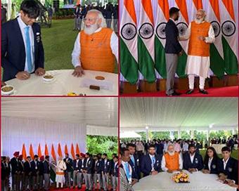 Photos: PM Modi meets Tokyo Olympics contingent over breakfast