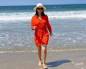 Sunny Leone hits the beach