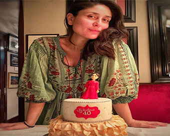 Kareena Kapoor celebrates her 40th birthday with family
