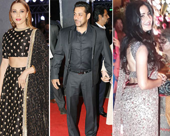 When Salman, Iulia, Katrina were caught under one roof