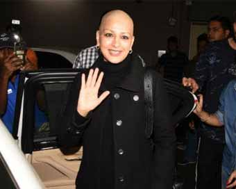 Sonali Bendre beams with joy as she returns to