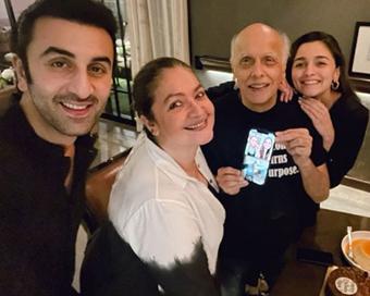 Alia Bhatt celebrates dad Mahesh Bhatt